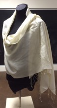 silk and pashmina wraps at Silksational